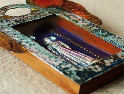 Linda Lenart McNulty-Crying Saint Shrine-Detail (800x609) (2)