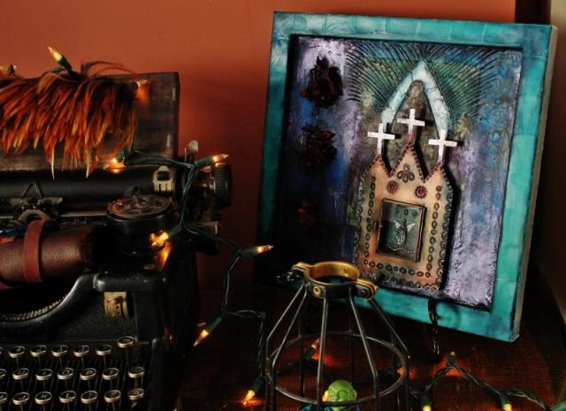 Linda Lenart McNulty-Encaustic Shrine Turquoise showing reflective quality (800x582)